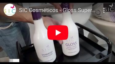 O Gloss Super Color SIC é uma máscara matizadora indicada para cabelos loiros ou com reflexos.